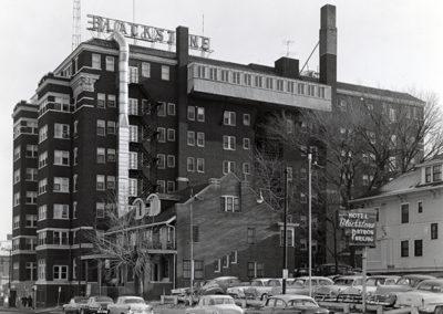 Historic photo of Omaha Blackstone Hotel from Farnam Street
