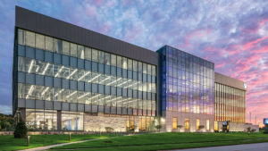 LEO A DALY completes new IH Mississippi Valley Credit Union headquarters