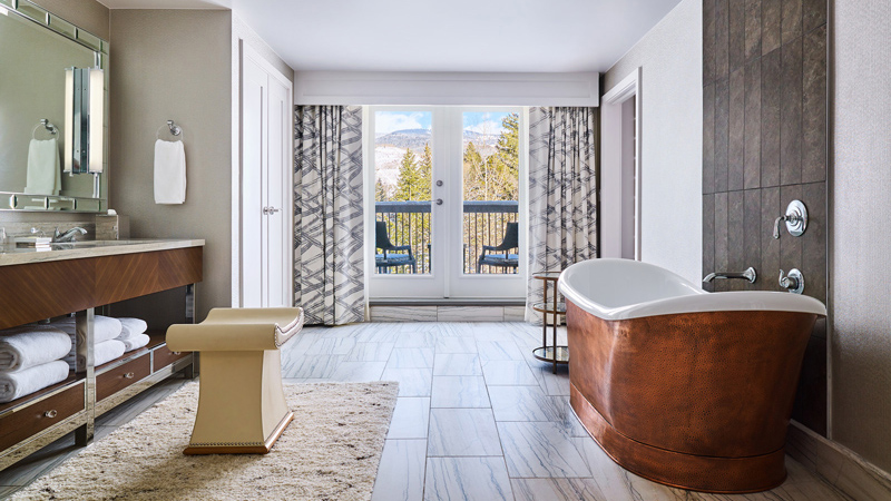 Guestroom bath at Grand Hyatt Vail, designed by LEO A DALY