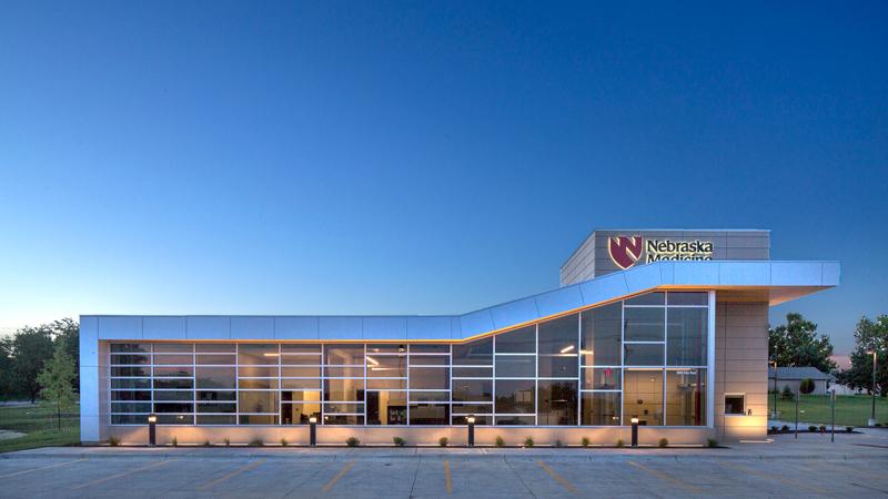 Exterior of Nebraska Medicine primary care clinic, designed by LEO A DALY