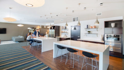 residential-capitol-district-apartments-lounge
